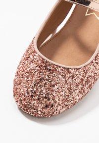 Friboo - Ballerina's met enkelbandjes - pink - 2
