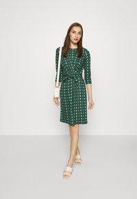 King Louie - HAILEY DRESS ABERDEEN - Day dress - fir green - 1