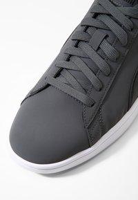 Puma - SMASH  UNISEX - Sneakers - iron gate/puma black - 5
