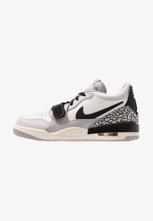 AIR LEGACY 312 - Sneaker low - white/cement/black