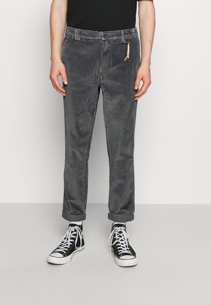 Jack & Jones - JJIACE - Trousers - asphalt