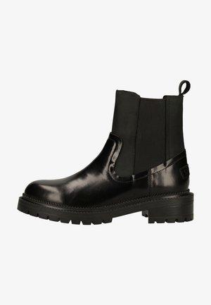 Platform ankle boots - off black