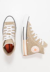 Converse - CHUCK TAYLOR ALL STAR - High-top trainers - khaki/total orange/white - 1