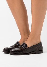 Hash#TAG Sustainable - Slip-ons - cocco caffe - 0