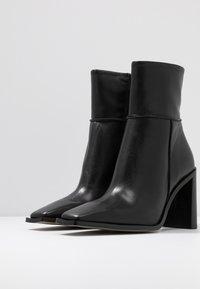 Topshop - HERO BOOT - Kotníková obuv na vysokém podpatku - black - 4