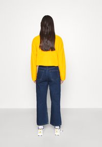 Monki - MOZIK NEW RINSE - Relaxed fit jeans - blue medium dusty - 2