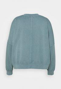 Cotton On Curve - HARPER CREW NECK PULLOVER - Sweatshirt - mid blue - 1