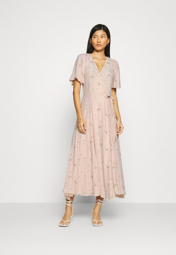 MABEL DRESS - Vestito lungo - pink/gold