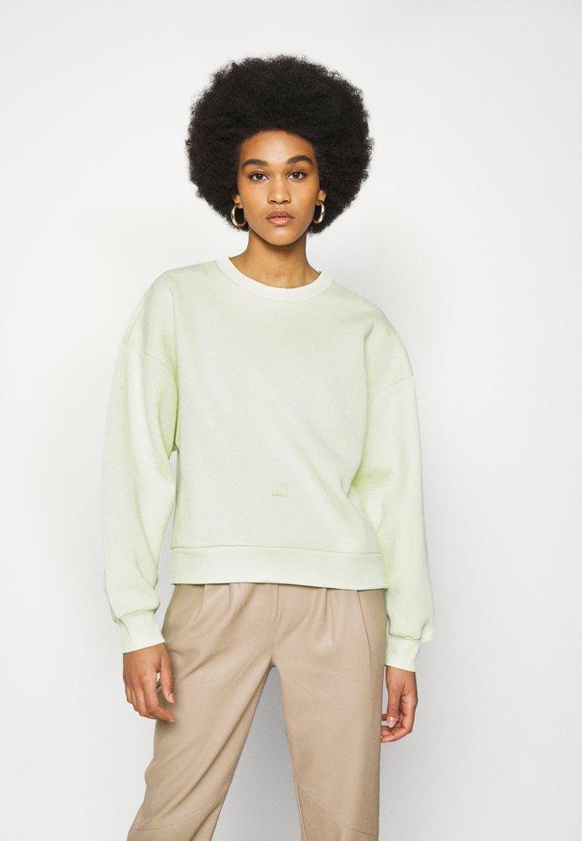 BASIC - Sweater - lime cream