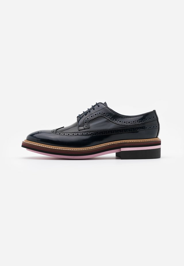 CHASE - Lace-ups - very dark navy
