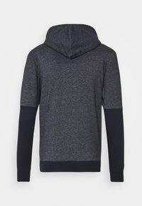 Jack & Jones - JORTRAILER HOOD - Sweatshirt - navy blazer - 1