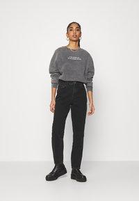 Even&Odd - Printed Oversized Sweatshirt - Sweatshirt - dark grey - 1