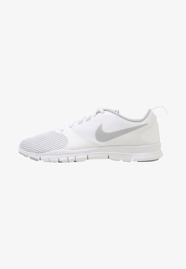 Nike Performance - WMNS NIKE FLEX ESSENTIAL TR - Kuntoilukengät - white/wolf grey/pure platinum
