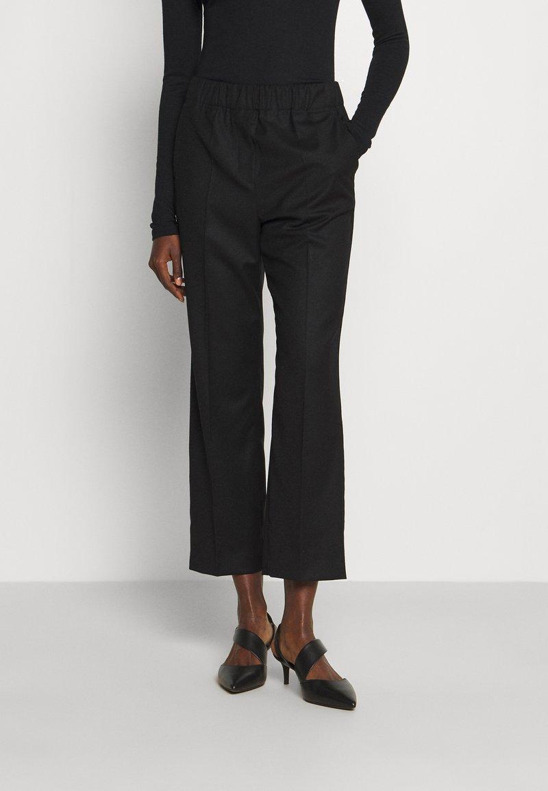 WEEKEND MaxMara - EGIZIO - Trousers - black