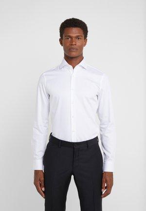 PANKO SLIM FIT - Formal shirt - white