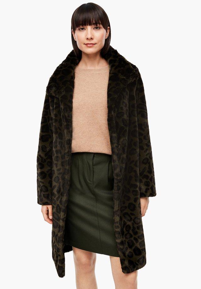 TEDDY - Winter coat - khaki aop leo