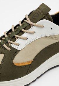 ECCO - Sneakersy niskie - grape leaf - 2