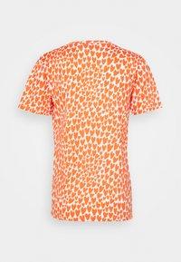 Fiorucci - VINTAGE ANGELS TEE HEARTS - T-shirt con stampa - orange/white - 1