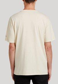 Volcom - POSTED S/S TEE - Print T-shirt - white_flash - 1