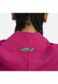 Nike Sportswear - HOODIE - Felpa - fireberry/black/(white) - 5