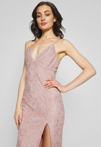 Nly by Nelly - IRRESISTABLE GOWN - Vestido de fiesta - dusty pink - 5