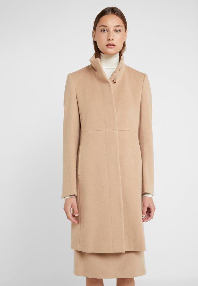 COAT COLETTE - Classic coat - camel