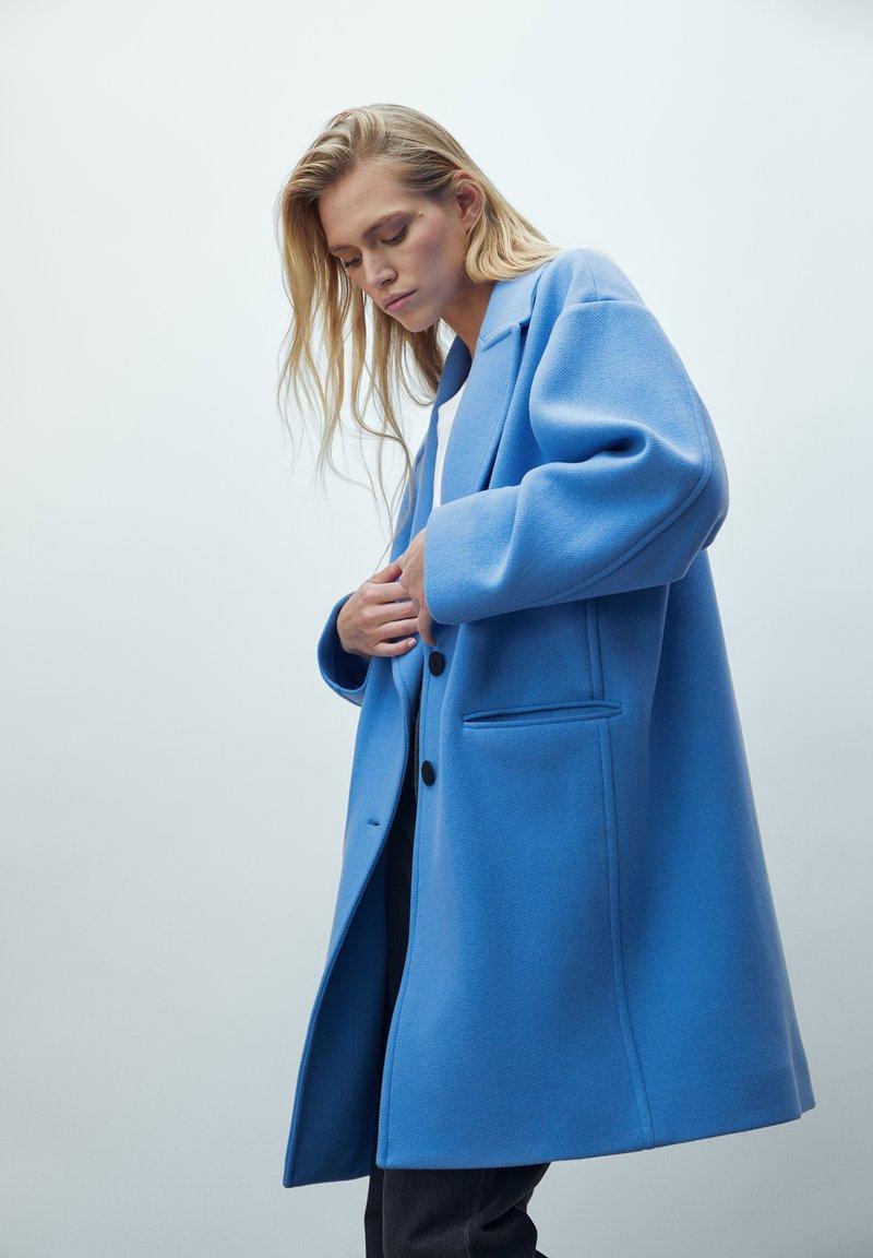 Massimo Dutti - Short coat - blue