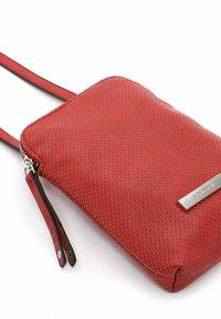 SURI FREY - FRANZY - Across body bag - red - 5