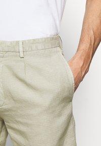 Boglioli - Shorts - beige - 4
