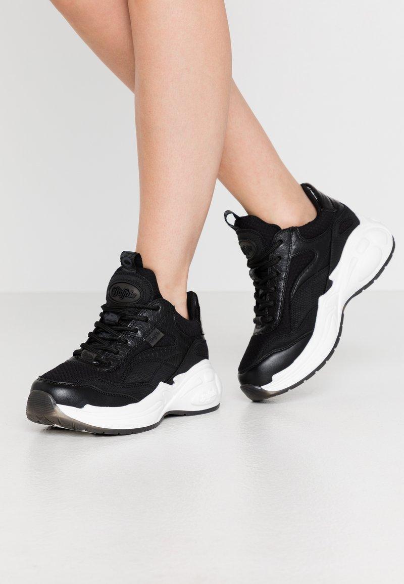 Buffalo - Sneaker low - black