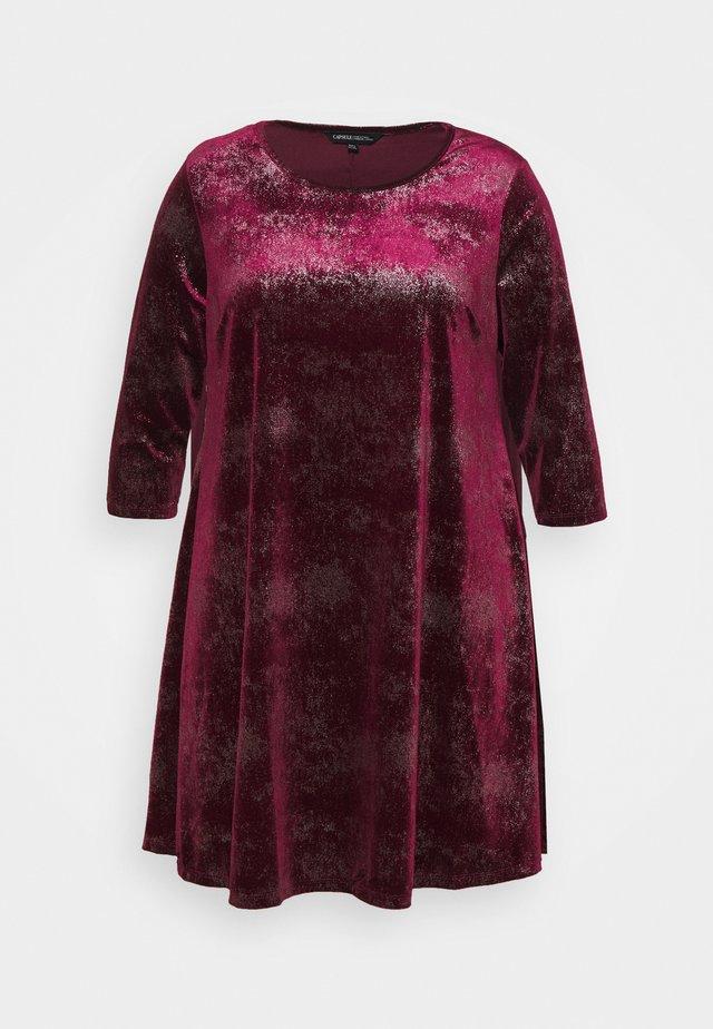 V NECK 3/4 SLEEVE SWING DRESS - Robe de soirée - mulberry