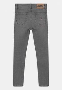 Tommy Hilfiger - SYLVIA SKINNY - Jeans Skinny Fit - summer pearl grey - 1