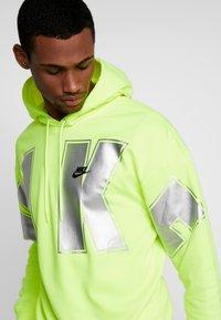 Nike Sportswear - Hættetrøjer - neon green - 3