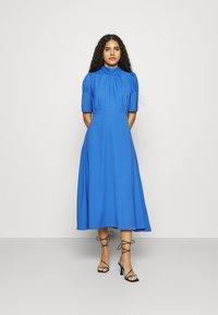 Closet - TIE BACK A LINE DRESS - Kjole - blue - 0
