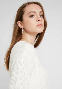 Hollister Co. - BACK DRESS - Abito in maglia - white - 3