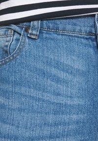 Newport Bay Sailing Club - SLIM LEG - Slim fit jeans - light wash - 4