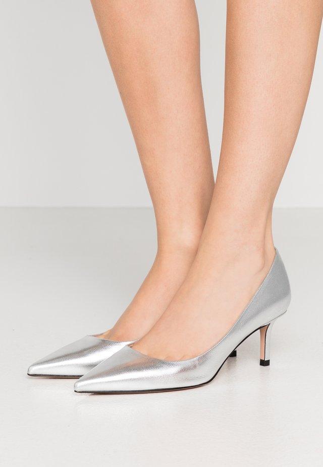 INES  - Escarpins - silver