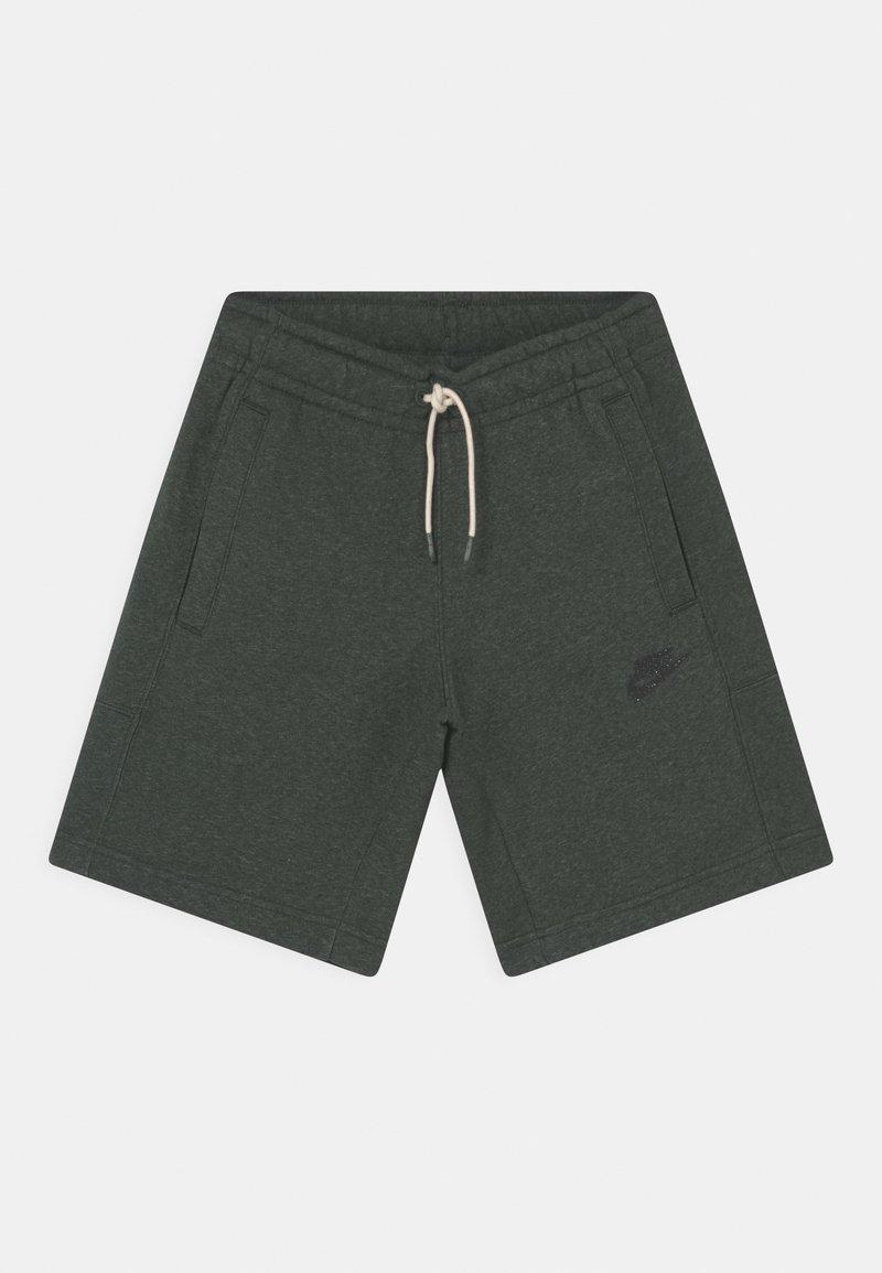 Nike Sportswear - UNISEX - Shorts - galactic jade/smoke grey