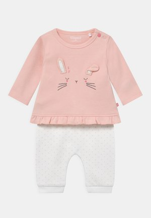 SET - Trousers - light pink/white