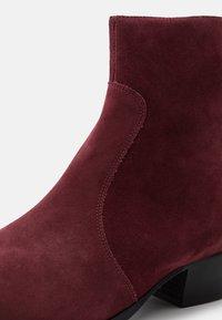 Everyday Hero - ZIMMERMAN ZIP BOOT - Classic ankle boots - burgundy - 5