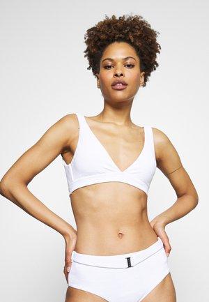 SEASIDE SOIREE V NECK CROP - Bikini top - white