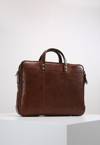 Fossil - HASKELL - Ventiquattrore - cognac - 2