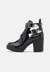 Nly by Nelly - BUCKLE - High heeled ankle boots - black - 1
