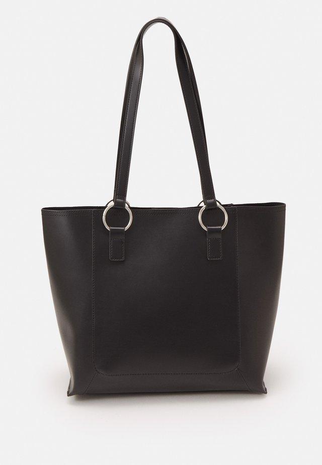 Handbag - black