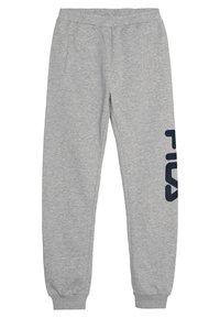 Fila - CLASSIC BASIC PANTS - Spodnie treningowe - light grey melange - 0