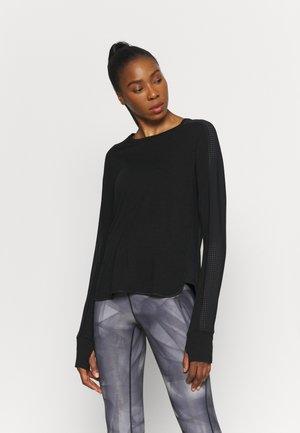 BREEZE RUNNING  - Long sleeved top - black