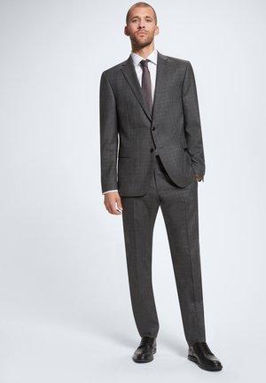 ANZUG RICK-JANS - Suit - dunkegrau