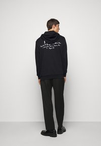 Paul Smith - EMBROIDERED AND PRINTED HOODY - Hoodie - black - 2