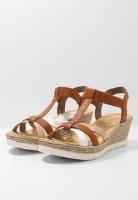 Rieker - Platform sandals - bianco/cognac - 4
