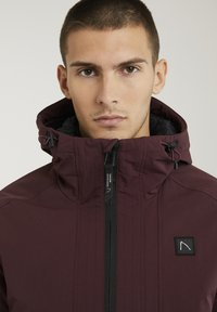 CHASIN' - Winter jacket - red - 4